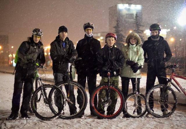 Уницикл моноцикл юнисайкл англ unicycle